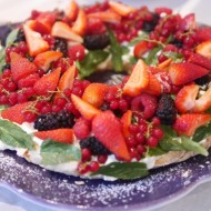 Easy pavlova for Australia Day
